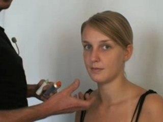 Visionnez les Cours Vidéo de Bien choisir une base de teint - Cours de maquillage