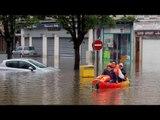 France Flood : River Seine over flows, Paris stands still | Oneindia News