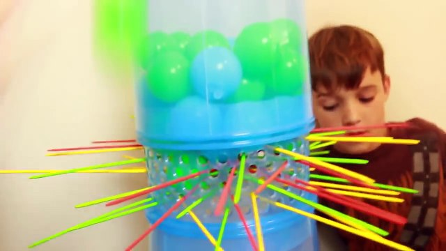Biggest GIANT BEST KERPLUNK Game! Don't Let the Balls Fall Family Fun Game Night Surprise Prizes