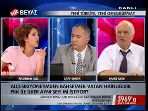 Türk Televizyon Tarihi Böyle Bir Kavga Görmedi. Nagehan Alçı Paşaya Pkk'lı Dedi Canlı Yayında Yer Yerinden Oynadı