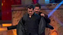 Salman khan and Shahrukh Khan Host FilmFare Award Show as karan Arjun 2017 - Salman khan
