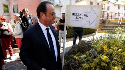 President Francois Hollande votes in French election