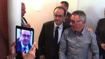 François Hollande déambule à Tulle après son vote
