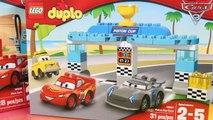 Et homme chauve-souris des voitures Coupe éclairage course course Courses Lego duplo disney 3 piston mcqueen batmobile jacks