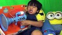 Méprisable Oeuf de géant enfants moi moi serviteur vidéo Surprise ryan toysreview
