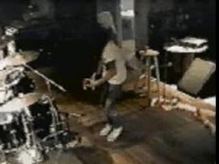 Guns N' Roses – Slash playing Hendrix