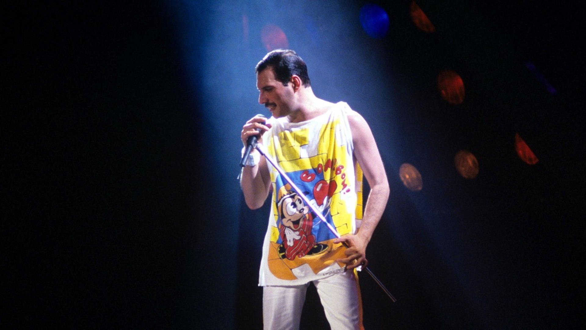 'Mr. Robot' Star to Play Freddie Mercury in Queen Biopic