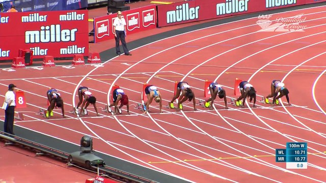 Elaine Thompson runs 10.94 in SNEAKERS to win the Women's 100m - IAAF Diamond League London 2017