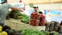 Here's how long fruits and vegetables are stored before you buy them at the store