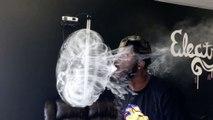 Méduse en rond de fumée impressionnante