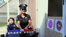 Police Drive Thru Dunkin Donuts w_ Catwoman, Princess Rapunzel, Snow White, Spiderman-Q_M7G1Az
