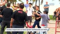 Ciclista é espancado ao tentar agredir manifestantes em Vitória