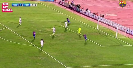 La passe décisive extraordinaire de Ronaldinho contre les légendes du Real Madrid