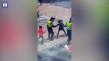 Ce policier vient danser avec des petits enfants... Moment fun