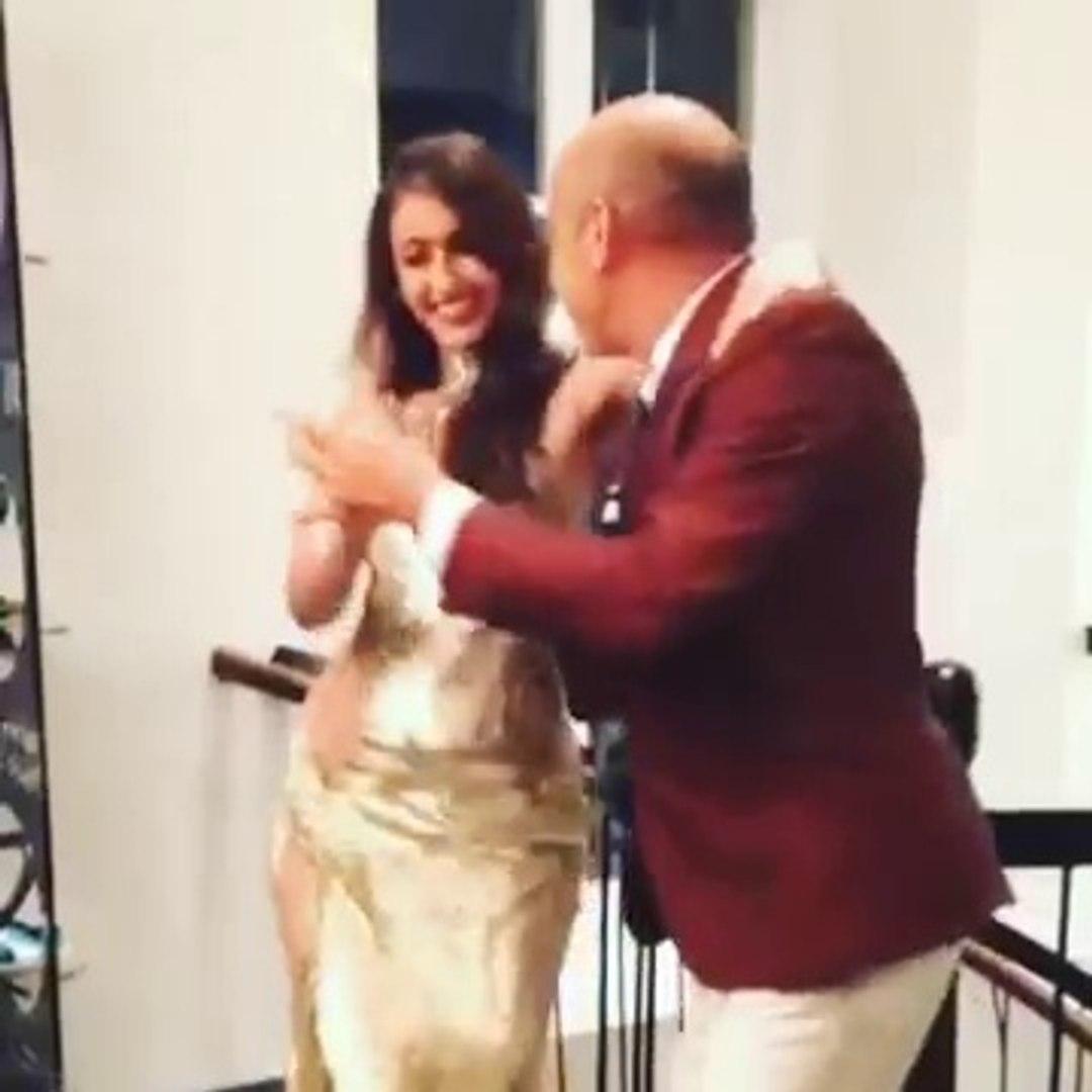 Ileana D'cruz sexy dance in sexy Dress _ Must Watch