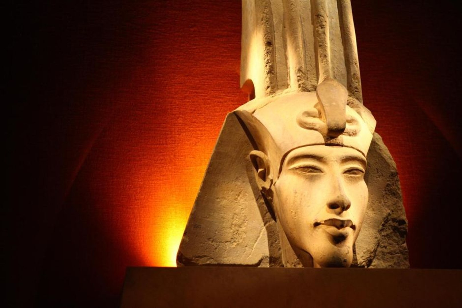 Ancient Civilizations - The Rebel Pharaoh (Akhenaten)