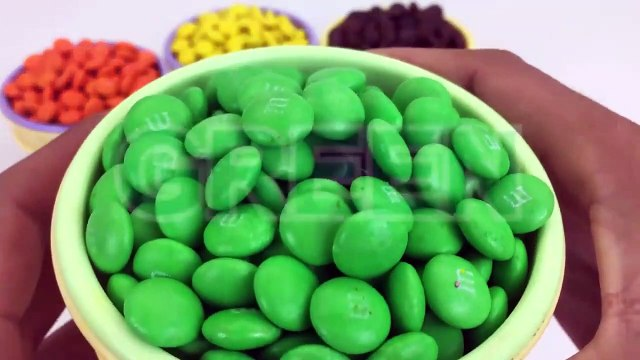 Ice Cream Cups Stacking Candy M&M Surprise Toys Blaze and the Monster Machines learn Colors for Kids-0YupU4