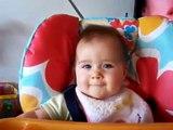 Bebe Feliz!!!  Bebe Divertido Bebe Chistoso Bebe Risa Bebe Tierno Bebe