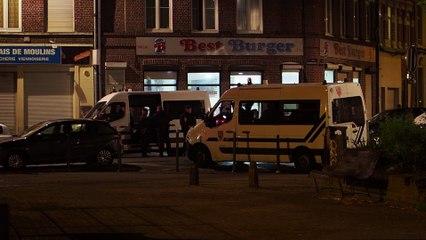Operation de police place Vanhoenacker dans le quartier de Moulins a Lille