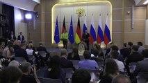 Merkel defiende derechos de Ucrania y gays en reunión con Putin