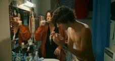 Les Beaux Gosses scène dans la salle de bain tu m'emmerdes