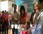 Beautiful Bollywood Actress Chitrangada Singh Launches New Series of Samsung S4