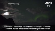 Pro-surfer Mick Fanning surfs uights in Norway[2]