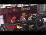 """Kermit the Frog , Miss Piggy, Fozzy Bear, Gonzo, Sweetums """"The Muppets"""" World Premiere"""