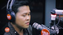 Marcelito Pomoy sings  The Prayer  (Celine Dion Andrea Bocelli) LIVE on Wish 107.5 Bus