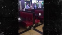 Shia LaBeouf actor de transformers sacado de restaurant por parte de la seguridad