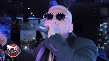 Cantante urbano El mayor clasico recibe premio en NY y se lo da a otro artista urbano