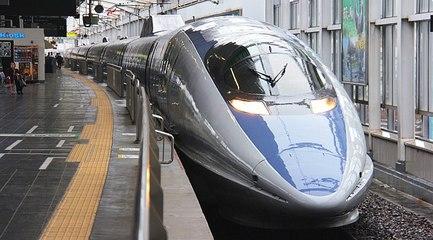 BULLET TRAIN (SHINKANSEN) JAPAN 2017