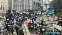 Des centaines de motards en colère dans les rues de Bourg-en-Bresse