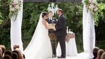 Lors de son mariage, il gifle sa femme...