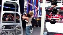 20 spine-tingling slams on the floor - WWE Fury