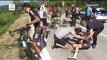 Enorme chute à vélo contre une moto sur le tour d'italie - Giro 2017