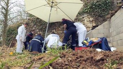 SAMU de banlieue des urgences pas comme les autres - Reportage