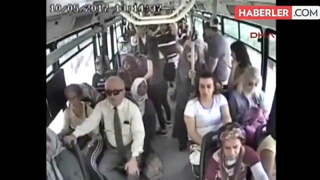 Otobüste Bebekli Kadına Cinsel Organını Gösteren Sapık