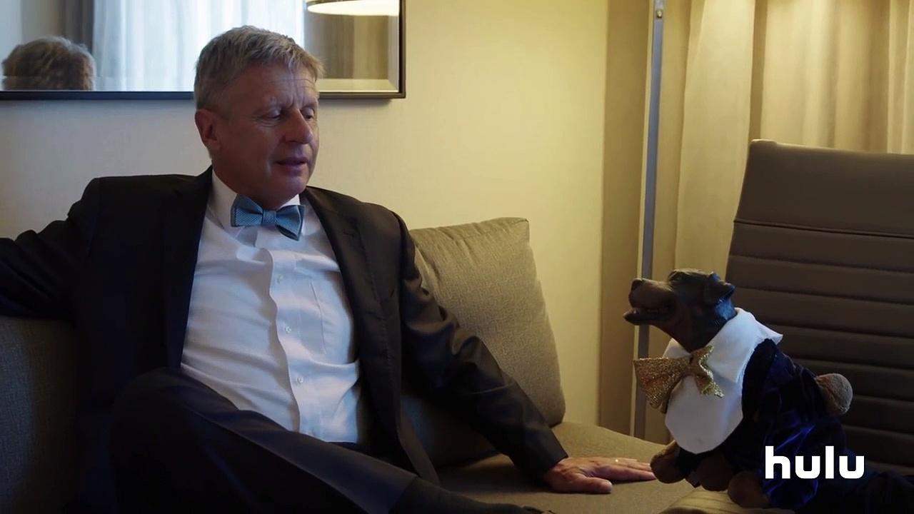 Triumph Meets Libertarian Candidate Gary Johnson • Triumph on Hulu-mOIQ3-zb5Ko