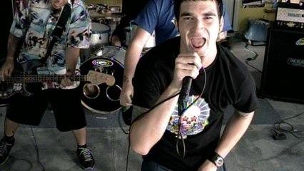 New Found Glory - Dressed To Kill