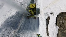 Hautes-Alpes : déneigement du Col du Galibier by drone