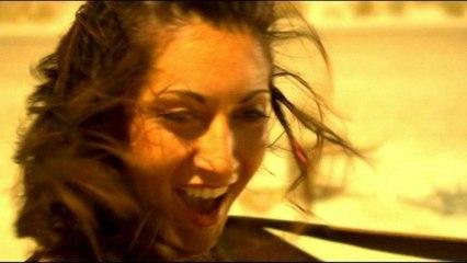 Victoria Petrosillo - Mi Fleur Mi Demon