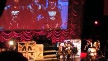 【海外の反応】 BABYMETAL 最優秀ライブ・バンド授賞式 → 司会者のウザいツッコミにファン激怒!→こりゃ、かなりヒンシュクだぞww