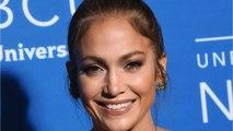 Jennifer Lopez FaceTimes With Alex Rodriguez