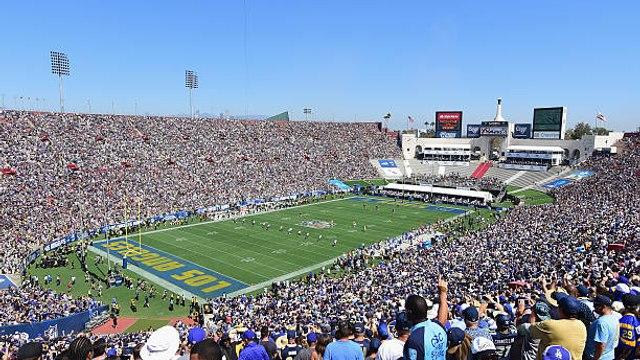 Inglewood football stadium delayed until 2020