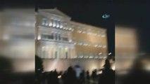 Yunanistan'da Binlerce Gösterici Parlamento Önünde Toplandı
