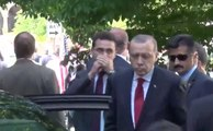 Erdogan Observes Scuffles Between Security Guards and Protesters in Washington