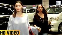 Alia Bhatt CUTELY Takes Care Of Her Mom Soni Razdan At The Airport   LehrenTV