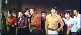 Combat dans l'usine Bruce Lee Big Boss (VF René Château)