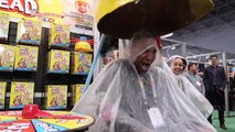 GIANT WET HEAD EXTREME CHALL ork City Toy Fair - Toy